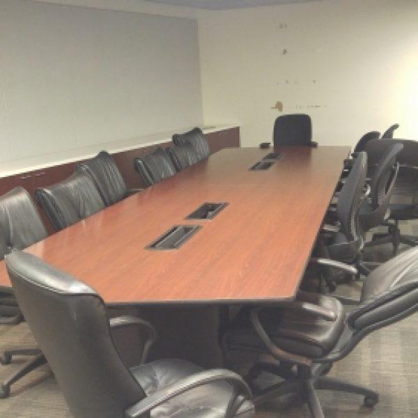 Vecta 16u2032 X 4u2032 Conference Table, Mahogany Laminate