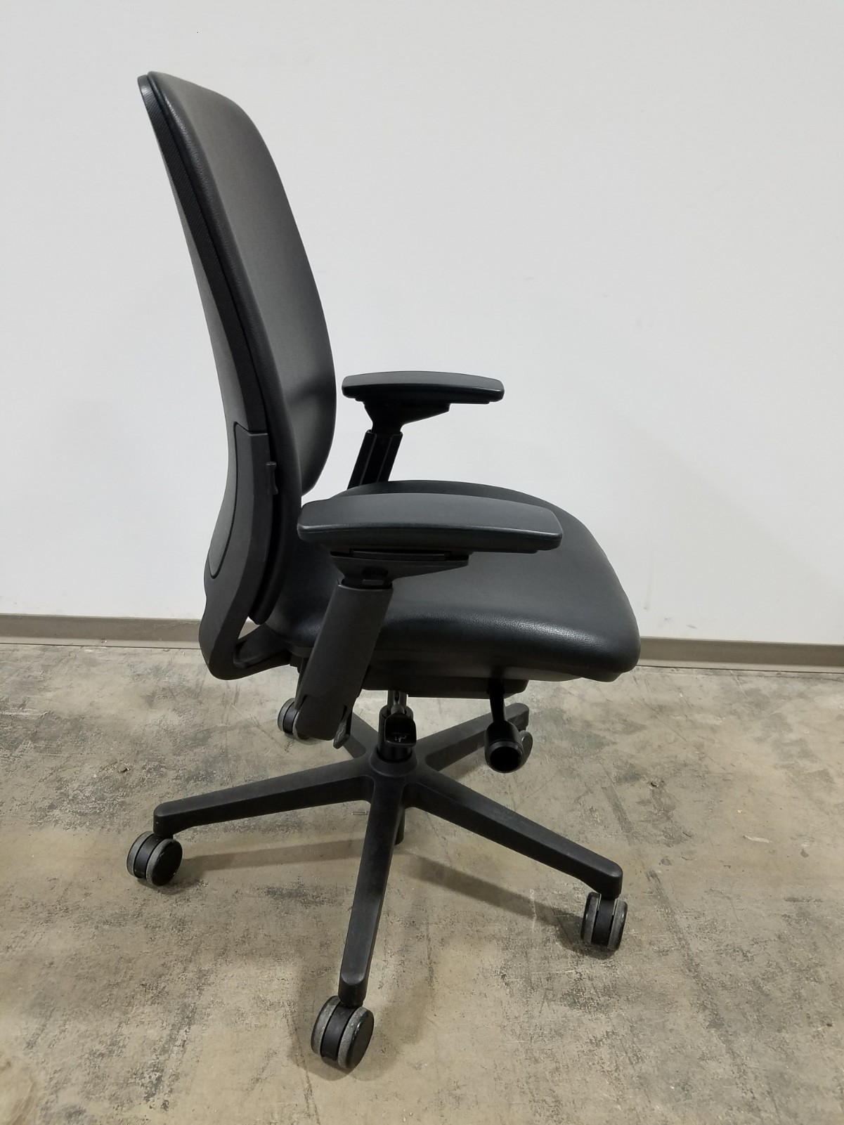 Amia Chair Steelcase Task Chair Steelcase Chairs Steelcase Amia