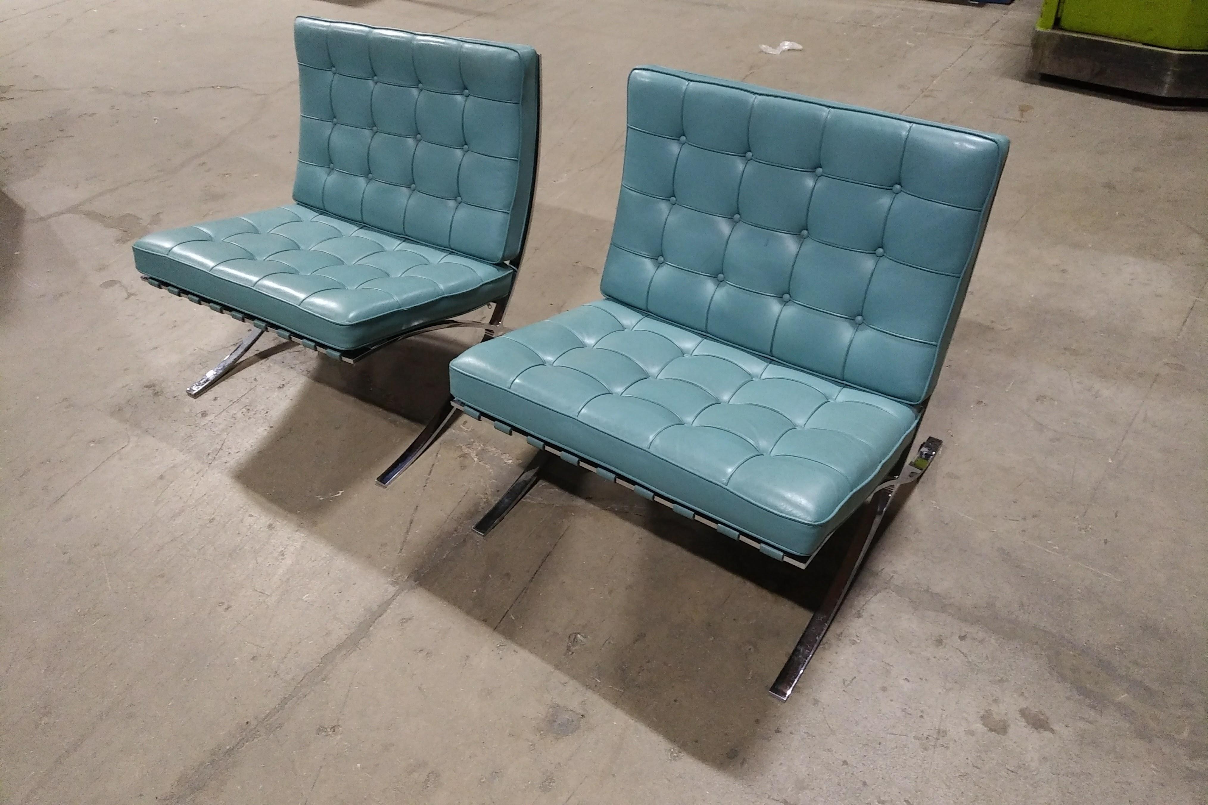 Knoll Barcelona Chairs ...