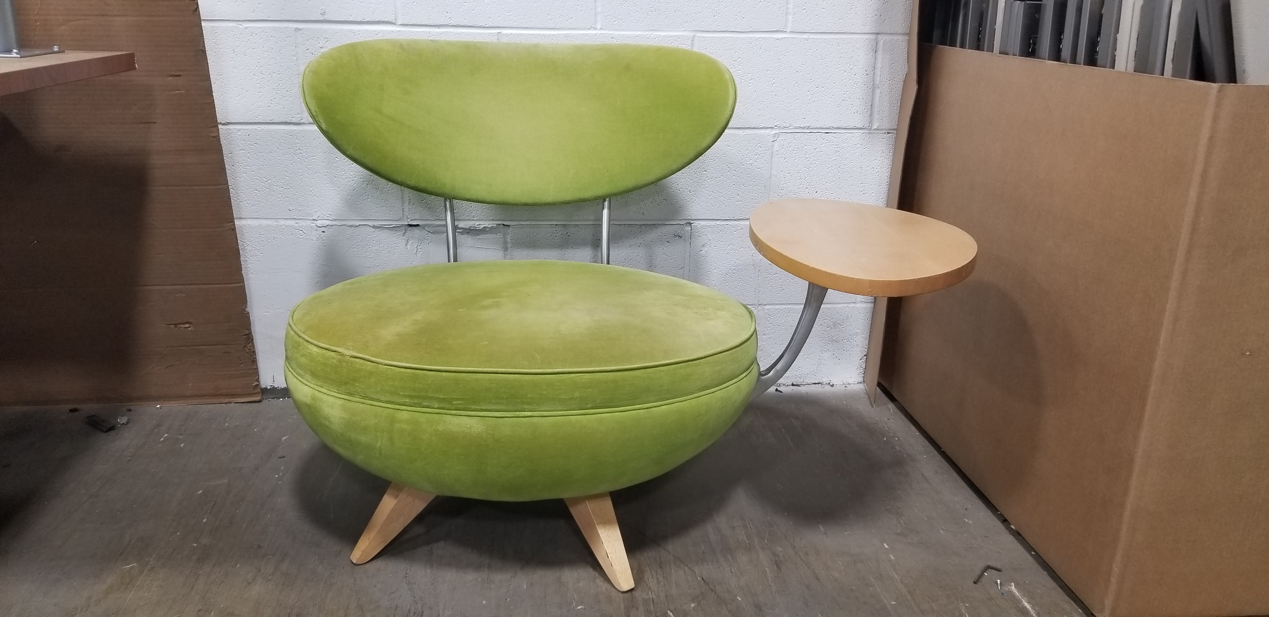 Admirable Green Lounge Chair W Tablet Arm Ibusinesslaw Wood Chair Design Ideas Ibusinesslaworg